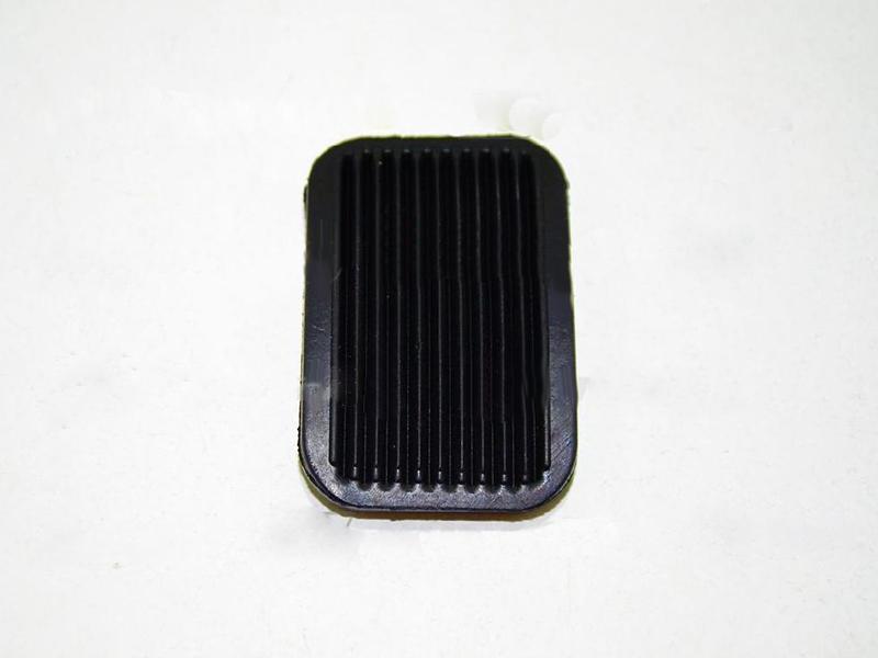 Накладка педалі гумова АТ 8019-010R