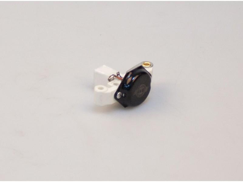 Регулятор напряжения генератора АТ 1010-005VR