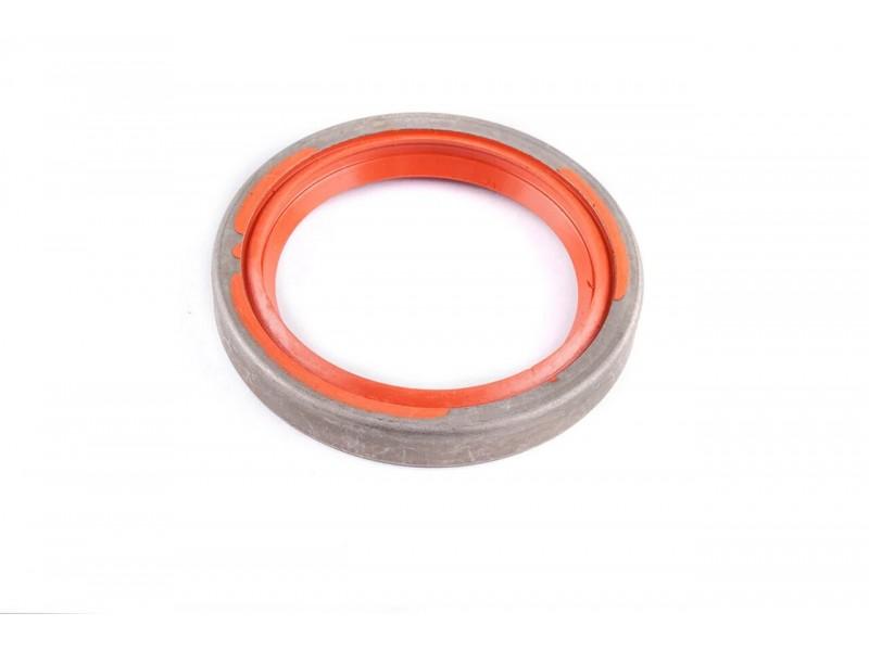 Сальник резинометаллический АТ 3038-021SB